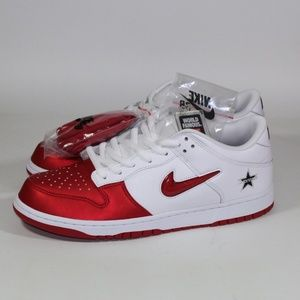 Supreme x Nike SB Dunk Low OG Skate Sneaker Shoe
